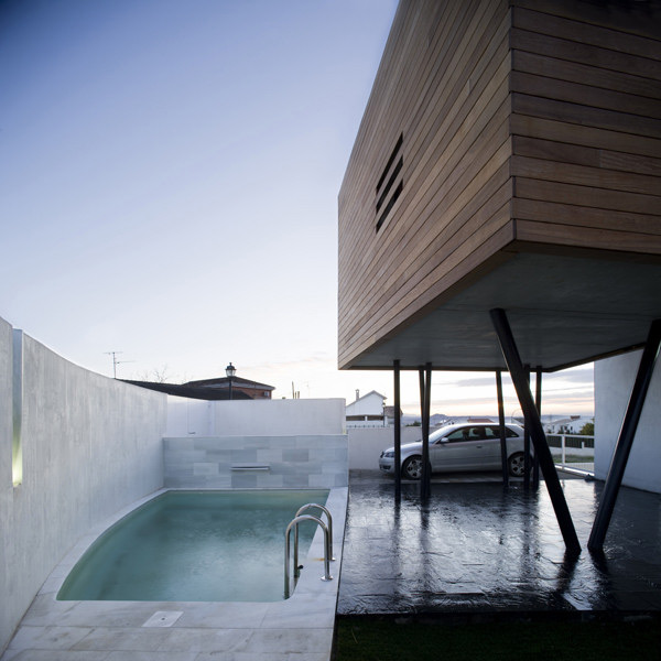 stilt-house-spain-5.jpg