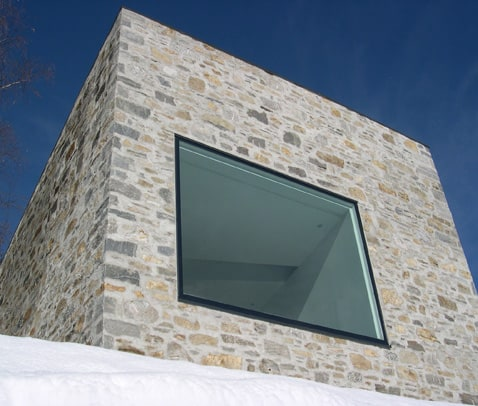 stone house fronts swiss mountains 1 Stone House Fronts – Rustic addition to Swiss mountains
