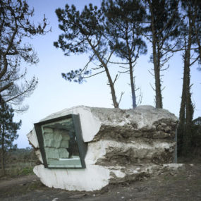 Stone House Plans – unusual cave house built by cows, sort of