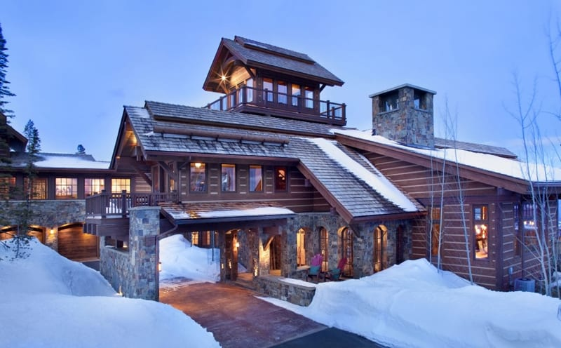 Stone mountain chalet with elevator and ski room for Chalet homes