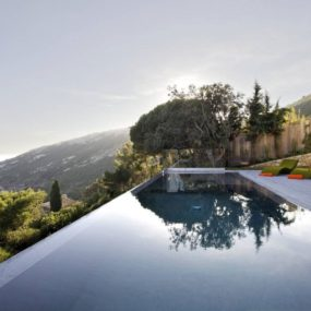 Stunning Holiday Villa above St. Tropez
