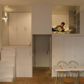Super-Compact Apartment in Madrid
