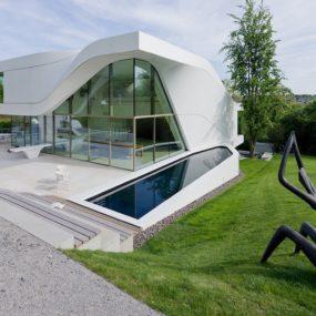 Super Modern Suburban House