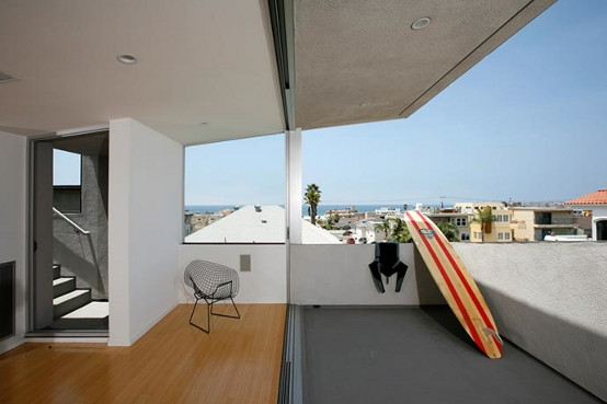 surfhouse-3.jpg