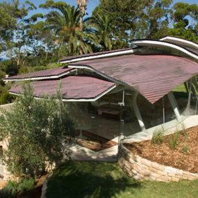 Modern Australian Architecture – Leaf House mimics terrain