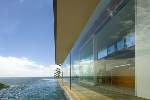 terrigal house 2 Modern Beach House in Sydney, Australia