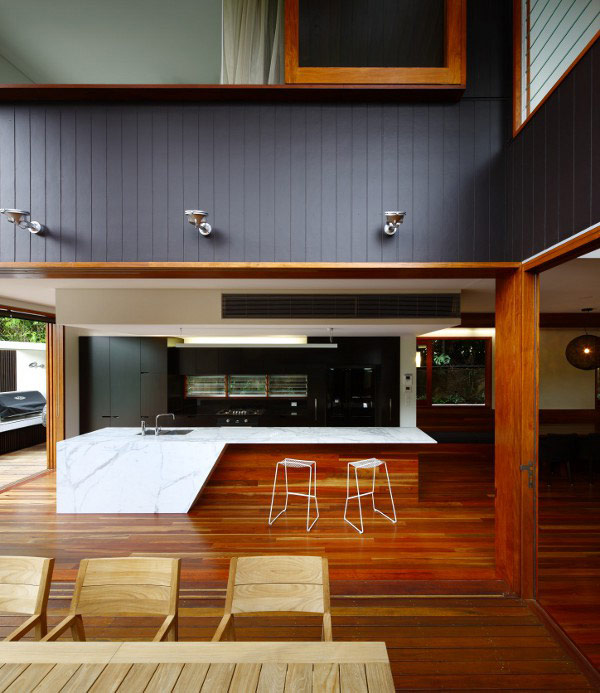 timber and glass house 4 Timber and Glass House – Ode to the Outdoors