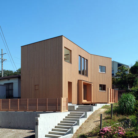 timber home designs curved japanese house 1 House with Wood Exteriors and Interiors in Japan