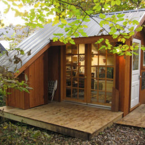 Tiny House – A Backyard Sanctuary in Missouri