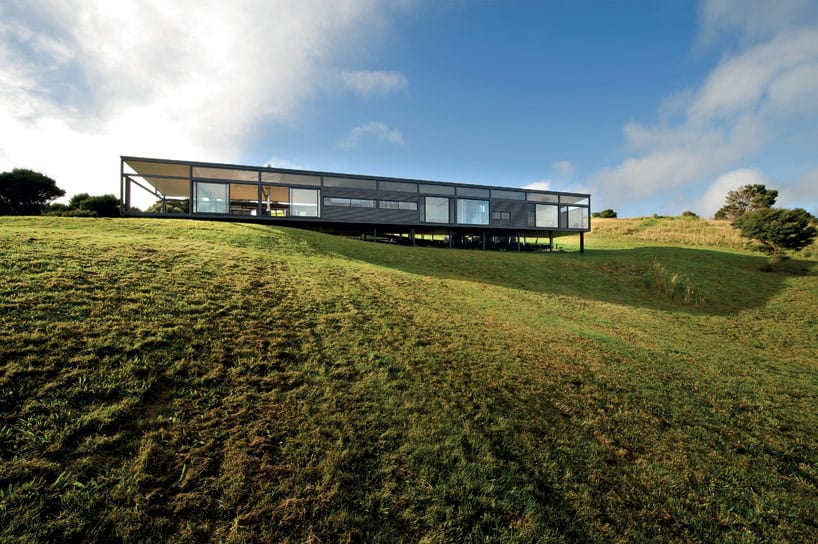 Truss Style New Zealand Glass House With plex Interior