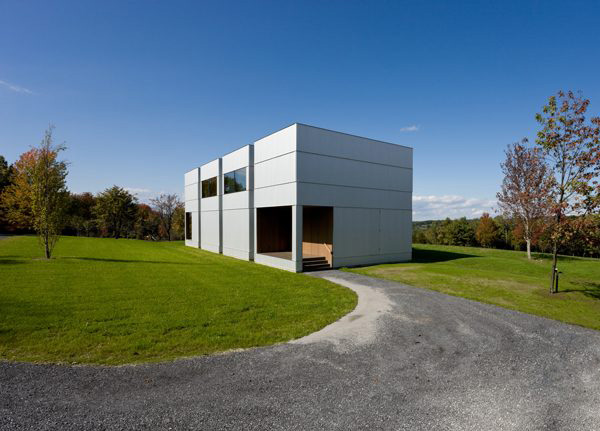 tsai residence 2 Country House Design in Upstate New York   a modern wood with metal panels construction