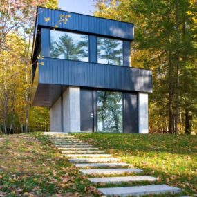 Two part cantilevered lake house – encore!