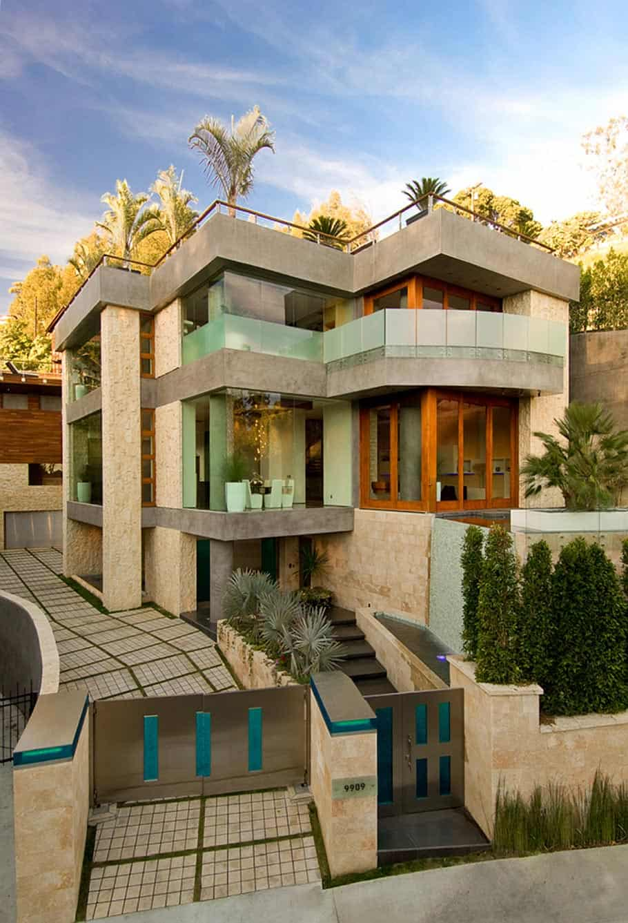 Ultimate party house in beverly hills for Beverly house for sale