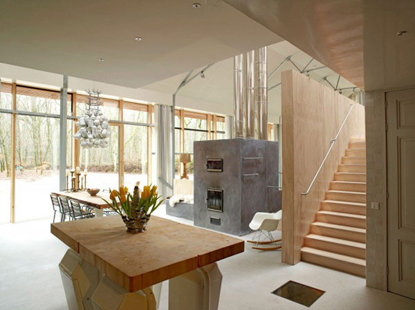 underground-home-one-of-a-kind-style-3.jpg