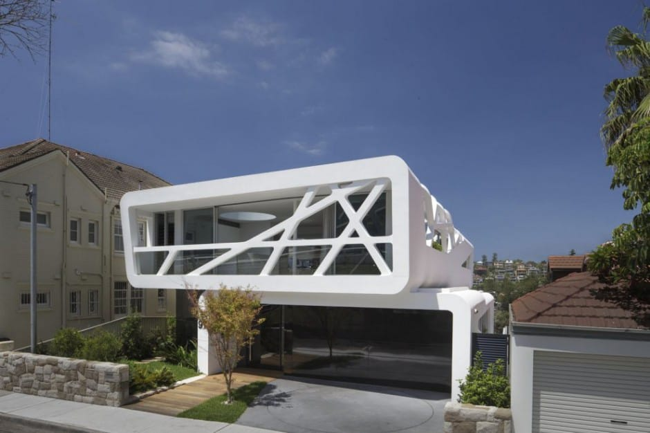 View In Gallery Urban Beach House With Ultra Modern Street Presence 2 Thumb 630x419 10458