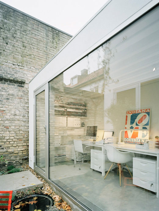 urban-townhouse-design-modern-contemporary-eo-6.jpg