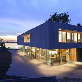 Contemporary Lake House by Dutch Architect Paul de Ruiter