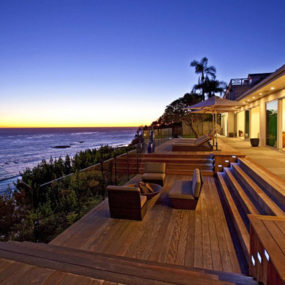 Waterfront Vacation Home Plans – Oceanfront Luxury Home for Sale in Malibu