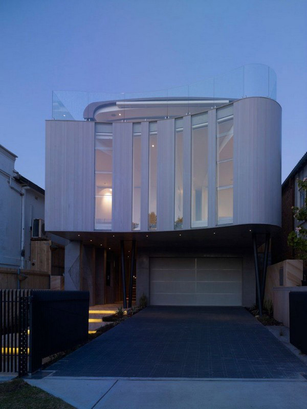wave shaped house in bondi beach australia - Unusual Beach House Plans