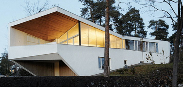 white house 1 Norway Ultra Modern, Geometric White House in the Woods of Strand