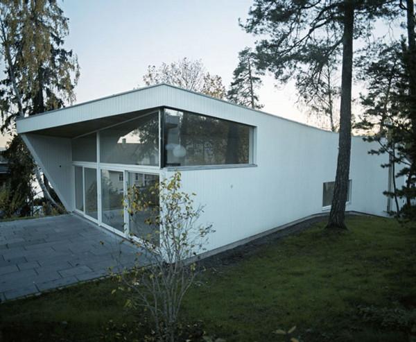 white-house-4.jpg