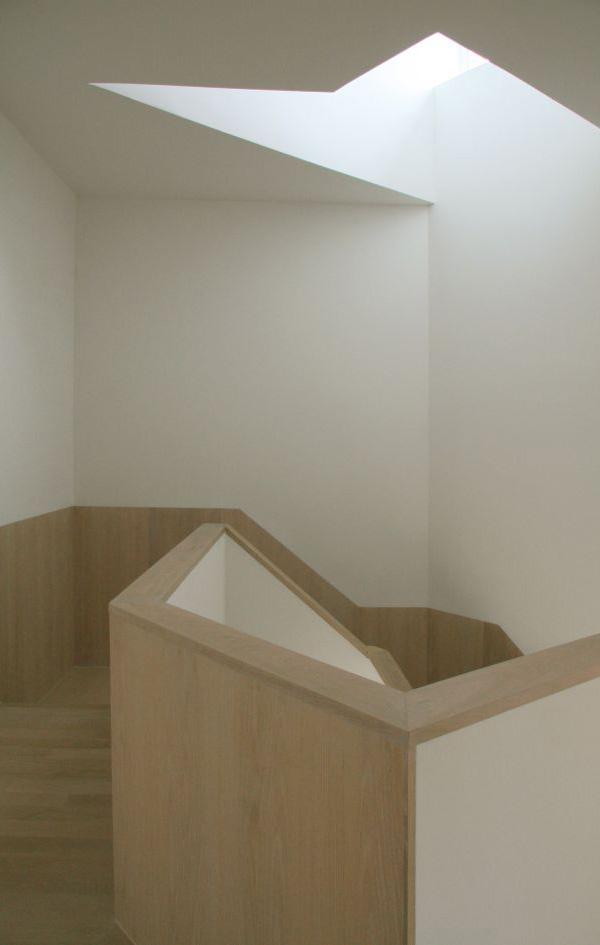 wood-clad-house-centrifugal-layout-9.jpg