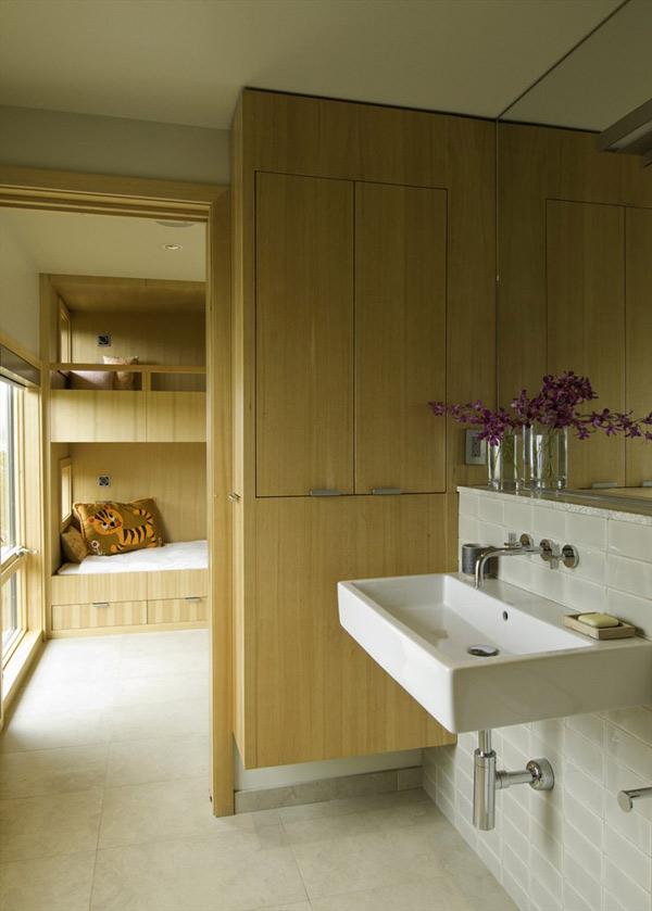 wood-house-extends-living-space-beyond-indoors-6.jpg
