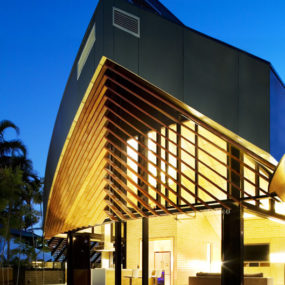 Modern Contemporary Home in Australia by Wright Architects