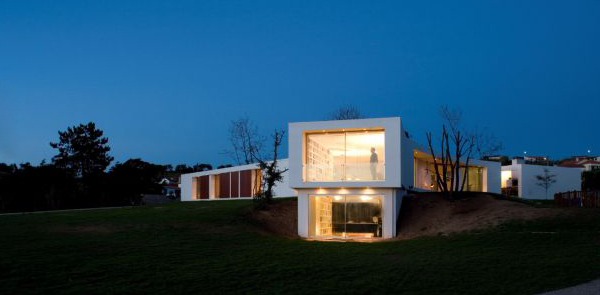 y house 1 Modern Portuguese Architecture ... will change the way you see the world