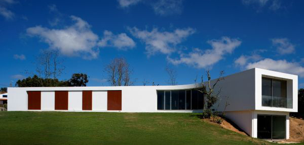 y house 2 Modern Portuguese Architecture ... will change the way you see the world