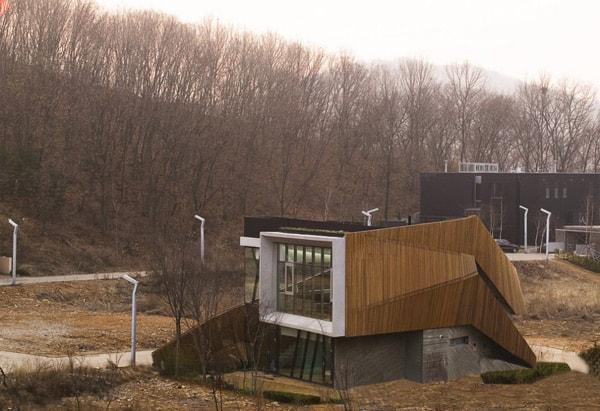 zen style home korea 1 Zen Style Architecture Brings Calm to Korean City