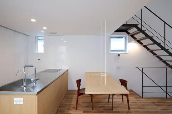 Small House Plan Maximizes a Small Lot