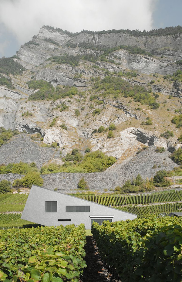 zufferey house 1 Mountain Home Design in Switzerland mimics the mountains