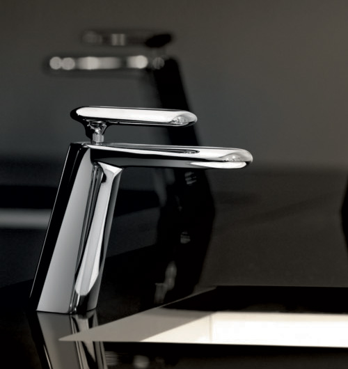 iconic-faucet-designs-fir-italia-dynamica-cascade-6.jpg