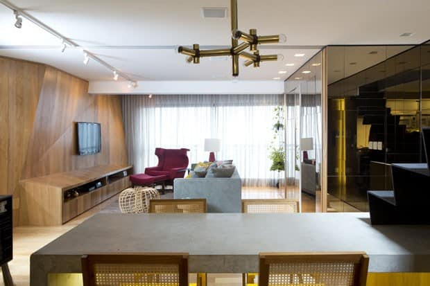 triplex-reconfigured-trilevelhome-ultra-modern-touches-17-hidden-office.jpg