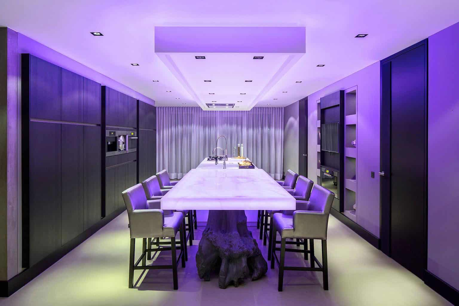 View In Gallery Cozy Home Interior Eco Glam 5 Led Lights.