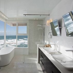Awesome Seafront Apartment Has Stunning PuraVida Bathroom to Enjoy a Soak and a View