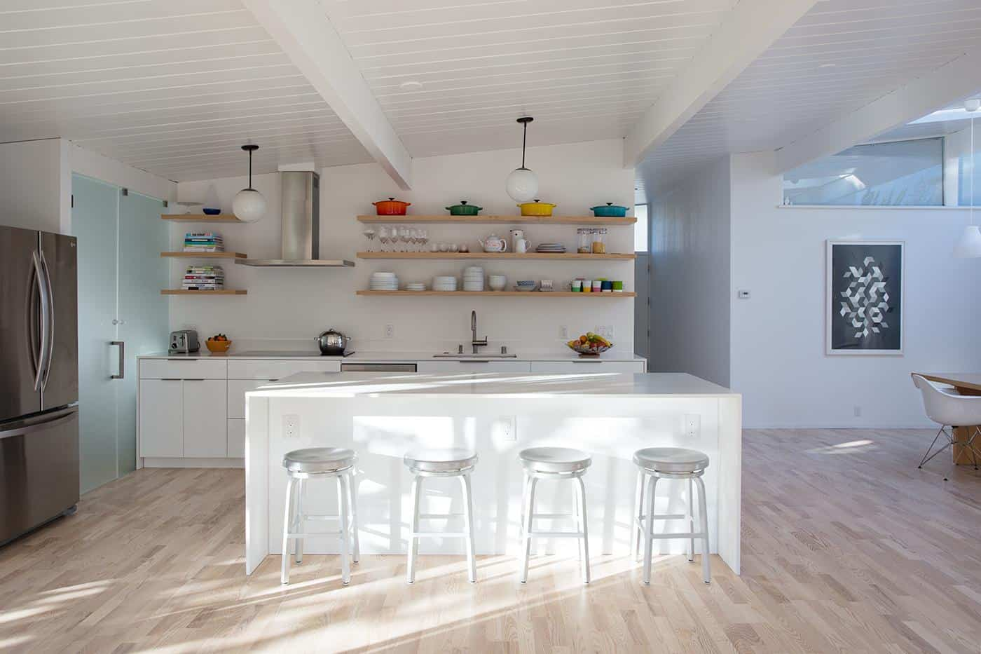 The Benefits Of Open Shelving In The Kitchen: Open Shelves Kitchen For The Open House Plan