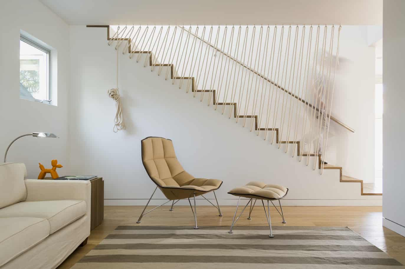 Exceptionnel Stairs With Rope Railing Look