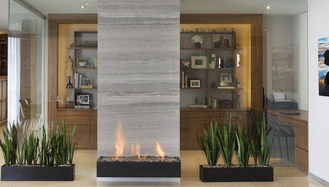 fireplaces as room dividers 15 double sided design ideas. Black Bedroom Furniture Sets. Home Design Ideas