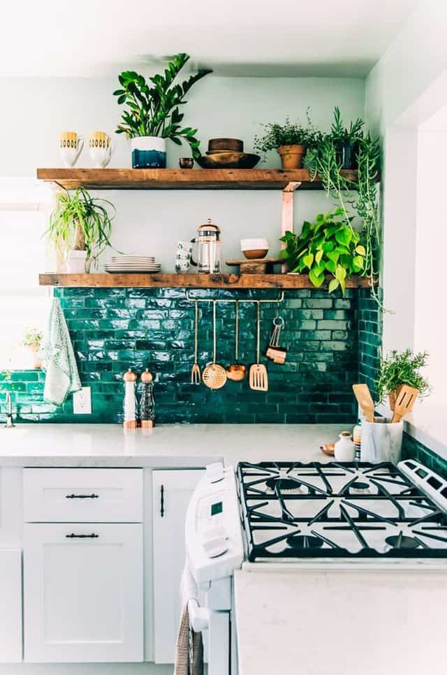 Aside From The Story Of Green And White Wood Plank Shelving Indoor Plants Takes This Kitchen Out Into Urban Countryside For A Breathe Fresh