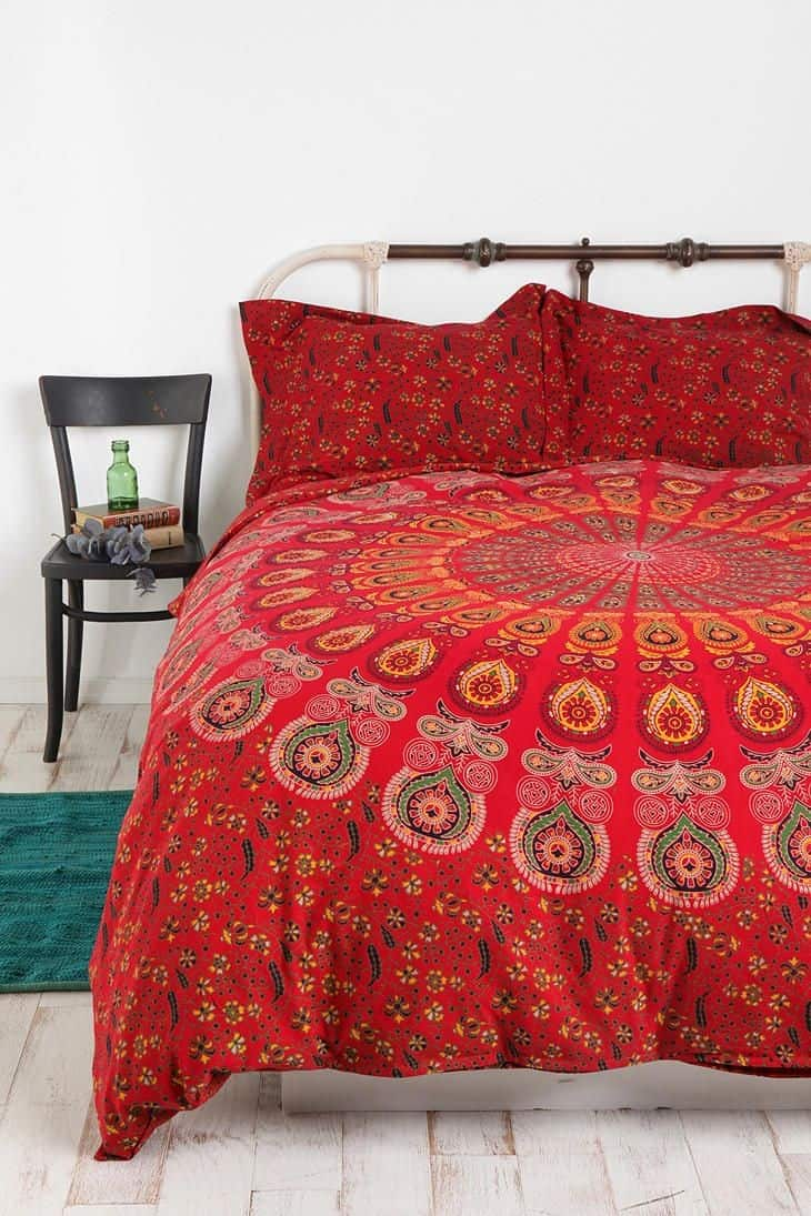 Beau View In Gallery 10b Bright Red Bedding