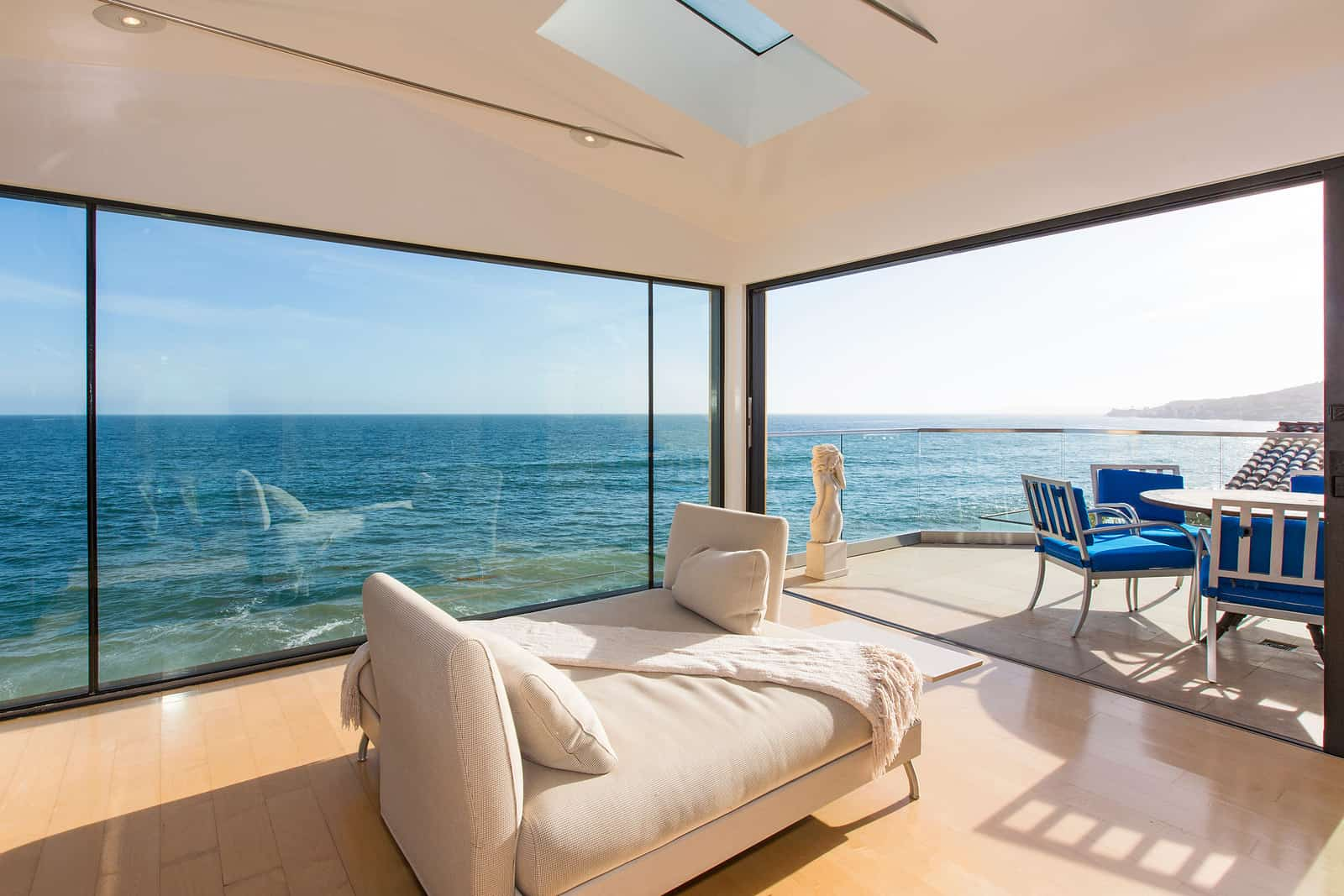 Eclectic Modern Beach House A Fantastic Example Of Mix