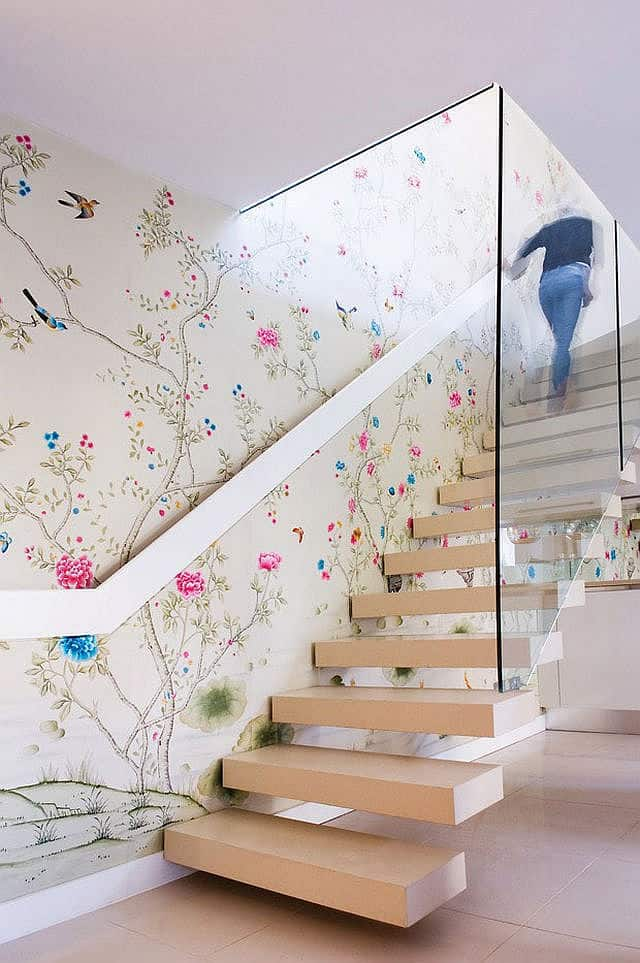 The Chinoiserie Wallpaper On This Stairwell Feature Wall Has A Completely  Different Aesthetic Than The Geometric Green And Concrete Pattern On The  Previous ...