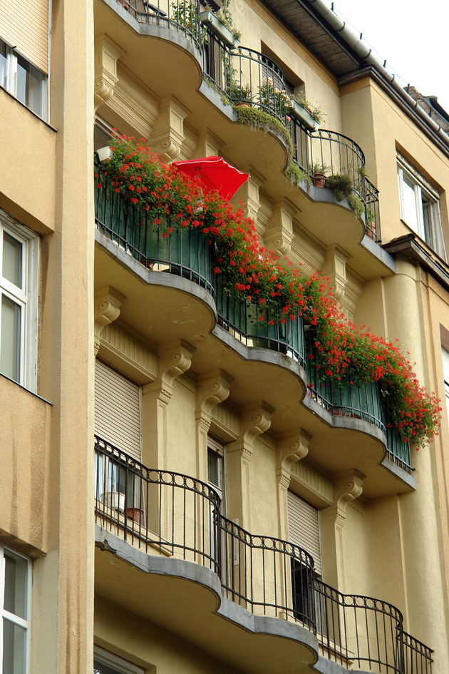 colour decorating ideas for a dream apartment in %20budapest 1 thumb 630x945 15129 Color Decorating Ideas for a Dream Apartment in Budapest