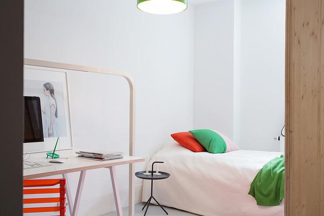 cool-basement-apartment-with-gorgeous-urban-design-19.jpg