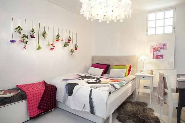 cool-basement-apartment-with-gorgeous-urban-design-20.jpg