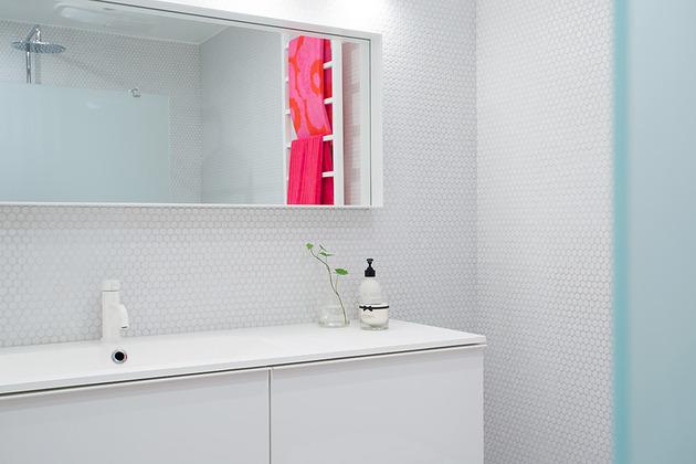 cool-basement-apartment-with-gorgeous-urban-design-21.jpg