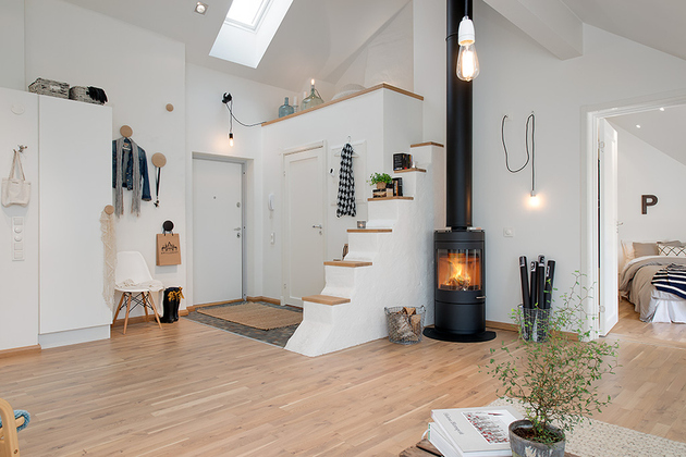 cozy apartment scandinavian style entrance 1 thumb 630x420 15159 Cozy Apartment Decorated in Pure Modern Scandinavian Style