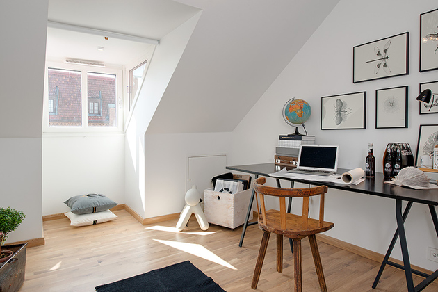 cozy-apartment-scandinavian-style-home-office-2.jpg
